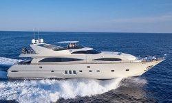 Astondoa yacht charter