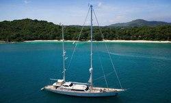 La Numero Uno yacht charter