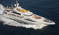 Platinum yacht charter
