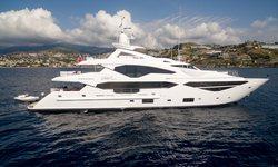 Lady M yacht charter