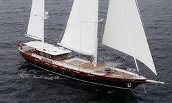 Vay yacht charter
