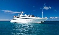 Elegant 007 yacht charter