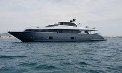 Sands yacht charter