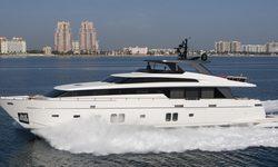 Freddy yacht charter