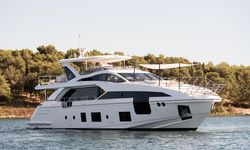 Dawo yacht charter