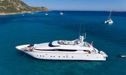 Amaya yacht charter
