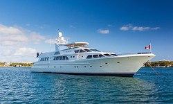 No Buoys yacht charter