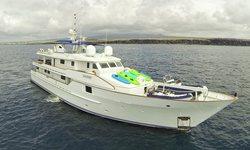 Stella Maris yacht charter
