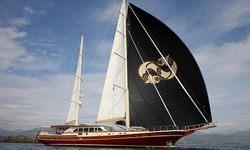 Daima yacht charter