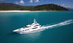 De Lisle III yacht charter