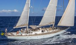 Wisdom yacht charter