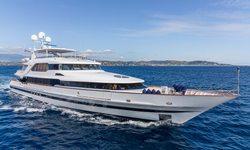 Lucy III yacht charter