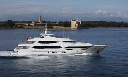 Princess AVK yacht charter