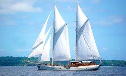 Mutiara Laut yacht charter