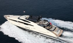 Stealth yacht charter