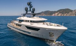 Drifter W yacht charter