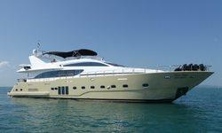 Mia Kai yacht charter