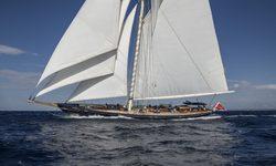 Alexa of London yacht charter