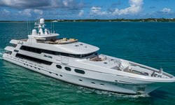 Silver Lining yacht charter