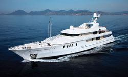 Marla yacht charter