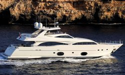 Pareakki yacht charter