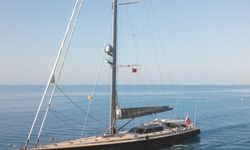 Ocean Pure 2 yacht charter