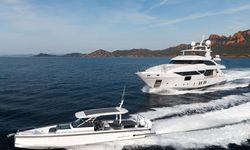 Jacozami yacht charter