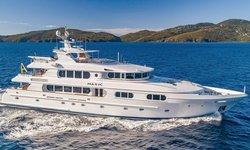 Magic yacht charter