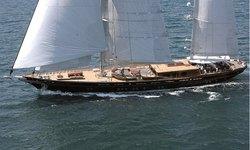 Roxane yacht charter