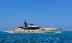 DB9 yacht charter