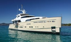 Solis yacht charter