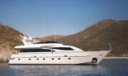 Hammerhead yacht charter
