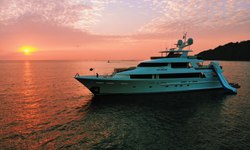 Pipe Dream yacht charter