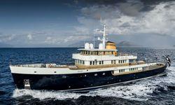 Blue II yacht charter