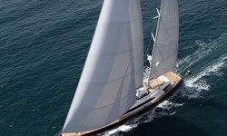 Fidelis yacht charter
