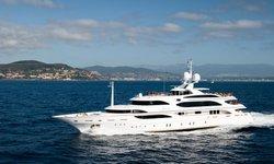 Idyllic yacht charter