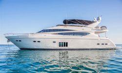 Insieme yacht charter