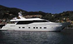 Aurora yacht charter