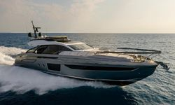 Never Give Up yacht charter