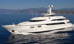 Diamond yacht charter