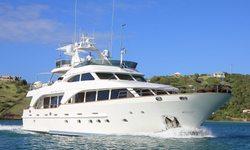 New Star yacht charter