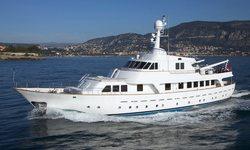 Mizar yacht charter