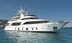 Orso 3 yacht charter