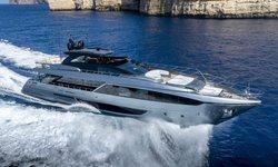 Figurati yacht charter