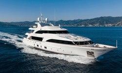 Dynar yacht charter