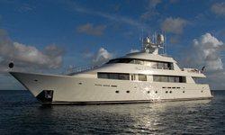 Dona Lola yacht charter