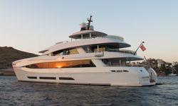Quaranta yacht charter