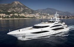 Illusion V yacht charter