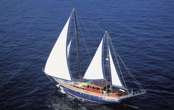 Almyra yacht charter