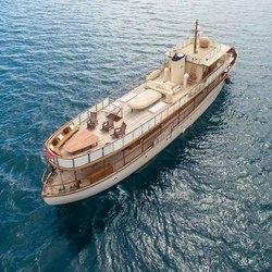 Thanda Island Yacht Cruise Photo 17